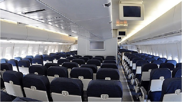 Bowing 747 cabin