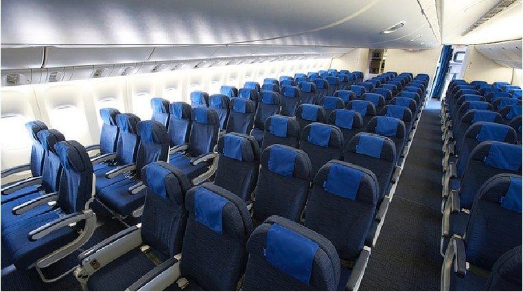Boeing 777 cabin