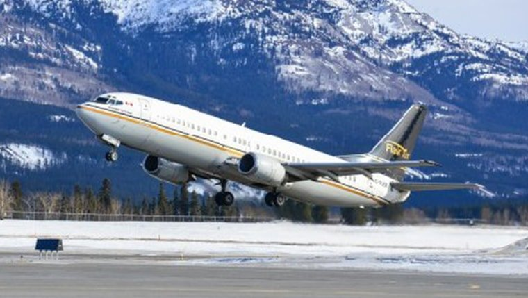 exterior photo of the boeing B737-400